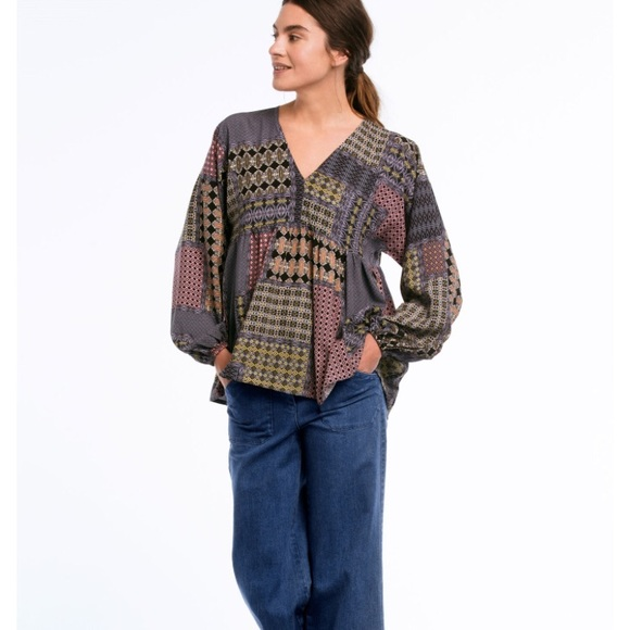 6cf7427709d60 ellos Tops - ♢️2 for  15♢ Ellos Patchwork Pattern Blouse